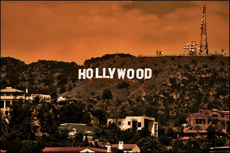 مرگبارترین تک تیرانداز آمریکایی در قامت قهرمان هالیوود/چرا سینمای ایران «قهرمان سازی» ندارد؟!